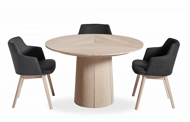 Skovby Skovby #33 Round Dining Table